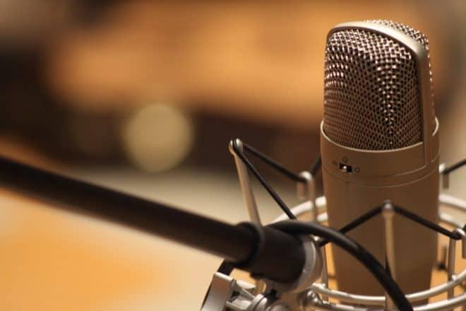 Un microphone. Image d'illustration.