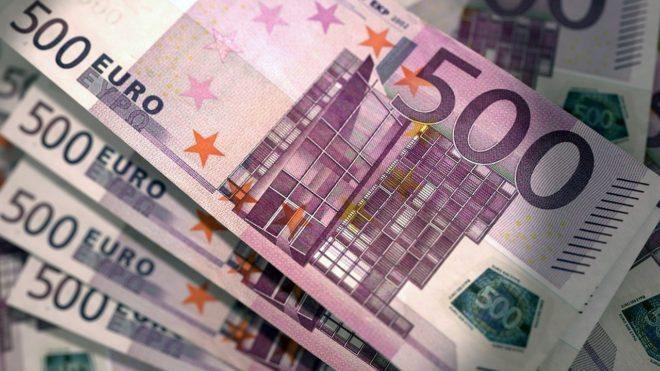Illustration. Des billets en euros.