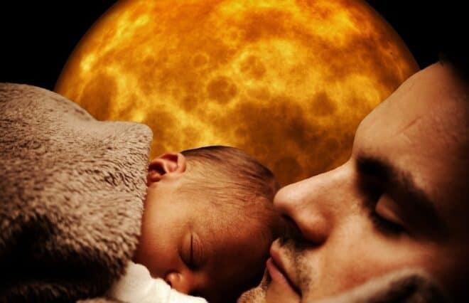 Un père avec son enfant